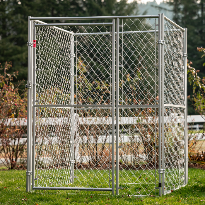 Lucky Dog™ Chain Link Pet Kennel 6'H x 5'W x 5'L